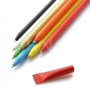 Papīra pildspalva